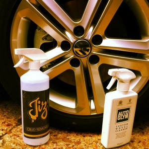 Jizlube acid wheel cleaner is just as good if not better than the rest plus you get more for your money from sibotservices.co.uk